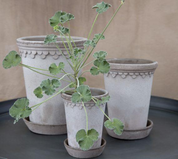 Handmade pots, Bergs Potter, Kent