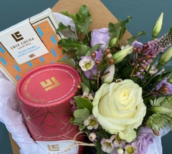 Envelope Gift with Love Cocoa Chocolate & Flowers, West Malling